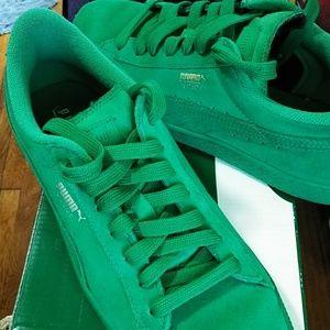 Green puma sneakers